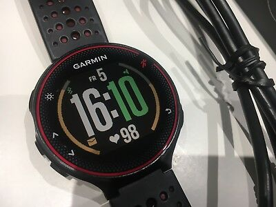 Garmin Forerunner FR235 Red/Black With Built-In Heart Rate Monitor