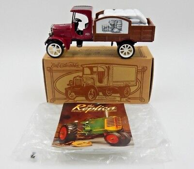VINTAGE ERTL JIM BEAM 1925 KENWORTH DIE-CAST DELIVERY TRUCK BANK ~ 1 of 500 MADE