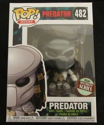 Funko Pop Specialty Series #482 Predator Vinyl Action Figure with Pop Protector!