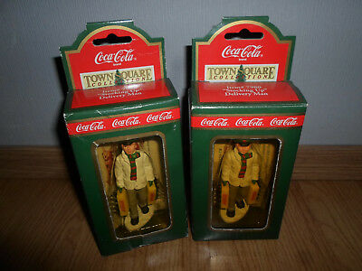 """2x Coca-Cola Coke USA Town Square Figur - """"Stocking Up"""" Delivery Man #7980 OVP"""