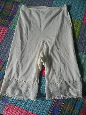 Vintage Lingerie KAYSER PETTI PANTS Pettipants CREAM with lace edge SIZE 5