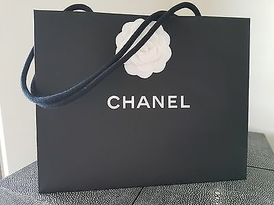 Chanel packaging black paper bag with 1 Camelia