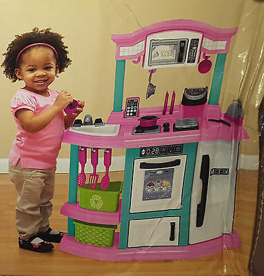 American Toys My Very Own Bakers Kitchen Set Accessories Stove Oven New Gift