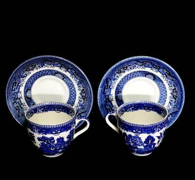 Vintage pair of blue & white willow pattern Churchill teacup duos
