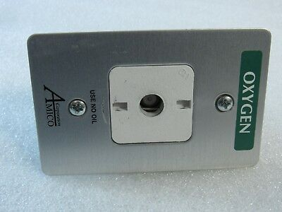 Amico Oxygen Latch Valve Assembly 100 Psi Wall Mount O-Faoc-Qd-U-Oxy Made Canada