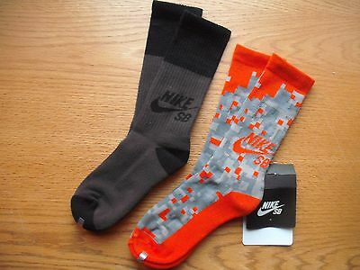 Boys/Pre-Teen NIKE SB NWT Crew Socks 2prs Orange PIXEL Cushioned YLG Ages 9-12