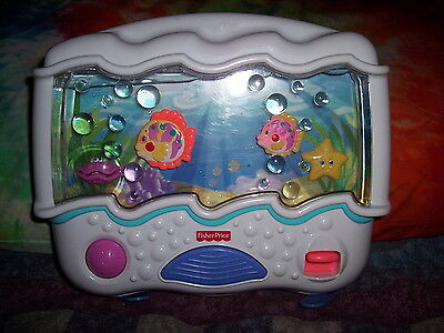 Fisher-Price Ocean Wonders Aquarium Baby Crib Soother Full Water Level 73545