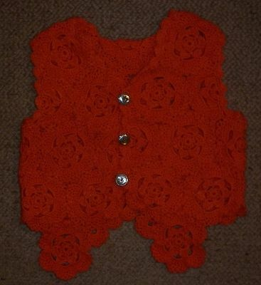 VINTAGE 1960s HAND CROCHET ORANGE TODDLER VEST EXC- CONDITION