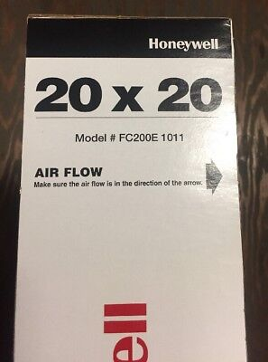 Honeywell 20X20 Merv 13 Charged-Media Air Filter Fc200E1011
