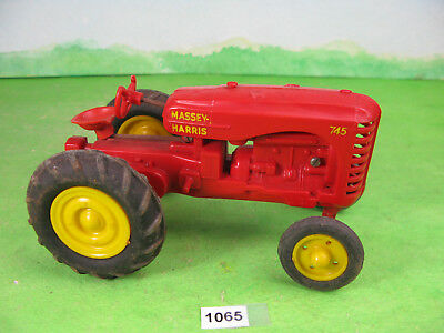 vintage unknown maker plastic tractor 1065