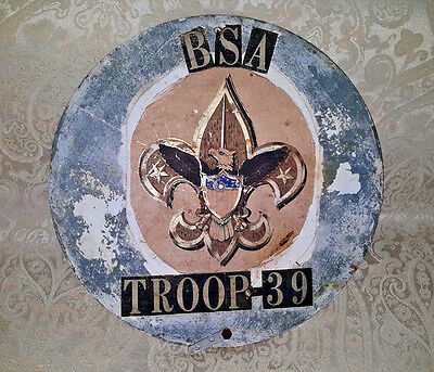 BOY SCOUTS OF AMERICA TROOP 39 Collectible Round Vntg Metal Sign Logo / Insignia