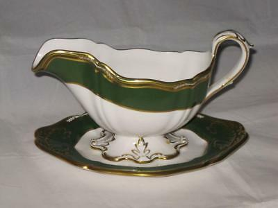 Spode Harrogate Green Y8237 Pattern Sauce or Gravy Boat and Stand