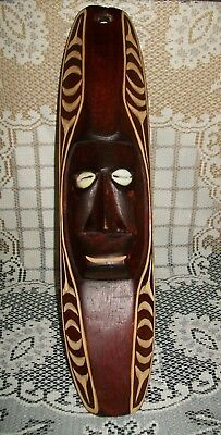 VINTAGE HAND CARVED WOOD TRIBAL ART MASK WALL HANGING 39cm long