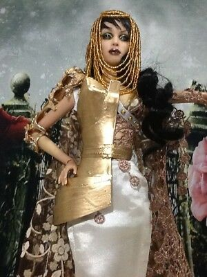 Ooak Golden Knight Outfit & Wig Custom Hand Made: Sybarite Superdoll Superfrock