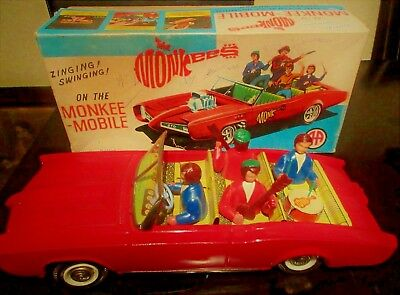 UNIQUE VINTAGE GREEK MONKEE MOBILE- IDOLS - POP CAR LITHO BOX BY AA FROM 60s