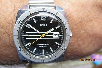 Timex 1977 automatic rally divers,date, orange seconds hand rare full size g/con