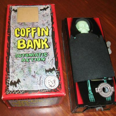 Yone Coffin Bank, Spardose Blechspielzeug, Tintoy 60er, Japan in OVP