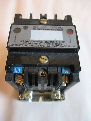 AB Allen Bradley 700DC-RM200Z24 & BUL 700 RM Magnetic Latching Electric Relay
