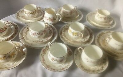 George Jones & Sons Rd 42306 - 30 Pieces China Assd Cups Saucers Plates