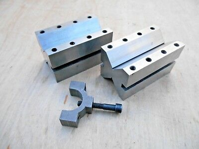1 Pair Of Machinist V-Blocks With Clamp