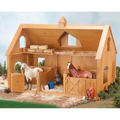 Breyer Deluxe Wood Barn with Cupola - 302 Traditional - #12278