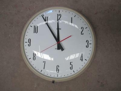 Wall clock, Smith, battery operated, vintage, retro