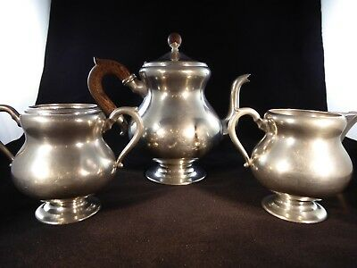KMD ROYAL HOLLAND DAALDEROP PEWTER 3 PIECE TEA SET With WOOD HANDLE