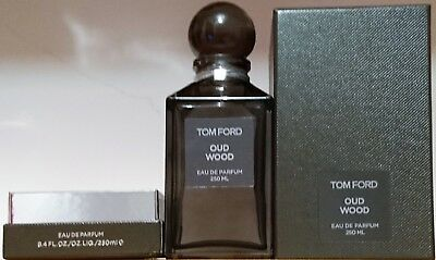 0d5c5578b25f Tom Ford - OUD Wood - 250ML - Collectable Empty Bottle   Box - Mint  Condition