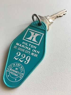 Vintage Mid Century Hotel / Motel Room Key Ring Fob SO SIOUX CITY 229