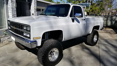 1984 Chevrolet C-10 K10 4x4 Pickup Recent Build 1984 Chevy K10 4x4 Silverado Fleetside Shortbed 5.7L 700r4 Full power Beautiful