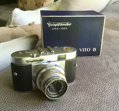 Rare Complete VOIGTLANDER VITO B Camera 1:3.5 Lens + Orig Flash + Box & Booklets