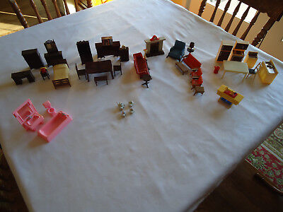 39 Pc Vtg Dollhouse Furniture Accessories DR BR LR Bath Sewing Machine Lot