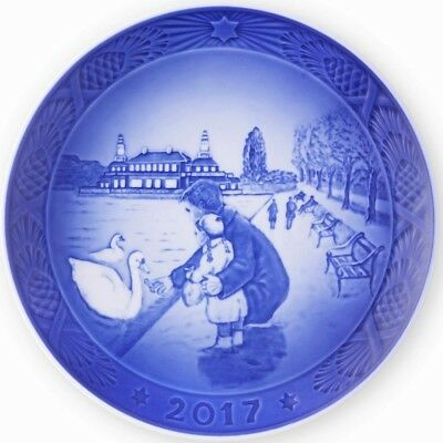 ROYAL COPENHAGEN 2017 Christmas Plate - By the Lakes - New in Box !