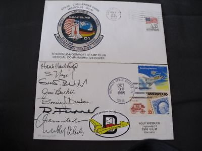 STS 61A launch/landingset orig.signed Crew, SPACE