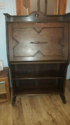 Lovely arts and crafts antique oak bureau desk with book shelves and working...