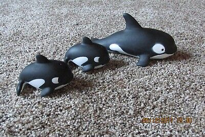 """Killer Whales Orca 1 Mom  2 Babies  """"R"""" China Play or Bath-time Set of 3 Whales"""