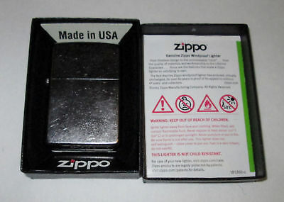 Genuine Zippo Windproof Lighters classic style #207 regular street chrome. NIB!