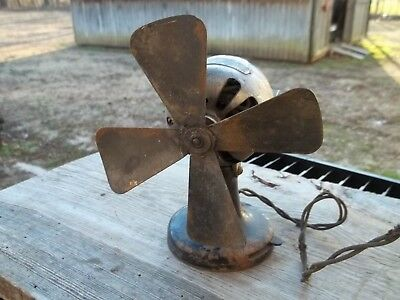 "Vintage 6""  A C Gilbert Polar Cub Type D Electric Fan AC or DC Current Cast Iron"