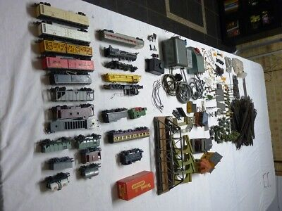 Model Train Set Most is Triang,Track, Rolling Stock, Locomotive etc