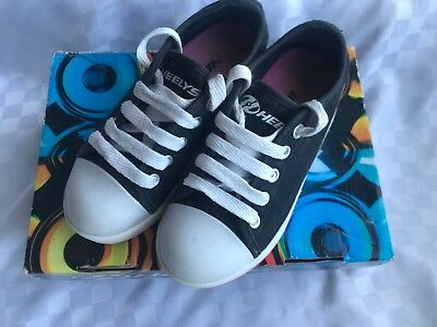 Heelys Fresh X2 (boxed with accessories) size 12 - excellent condition!