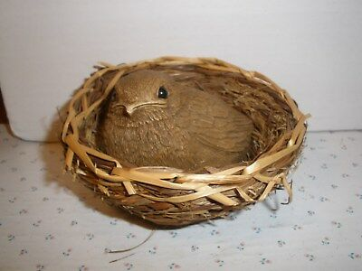 1982 Sandicast Baby Bird in Straw/Wood Nest