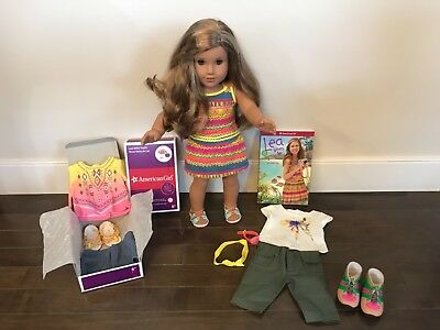American Girl LEA doll with Bahía shorts, Rainforest outfit