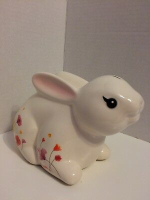 Wells Fargo Bunny Rabbit Bank White Background Flowers On Both Sides Pre Owned