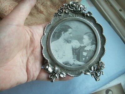Old Vintage Art Nouveau Style Photo Frame Rose Floral Silver Plated Design Round