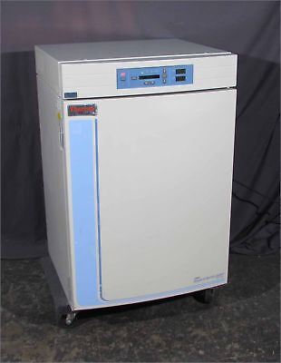 GOOD THERMO/FORMA 3110 Water Jacketed CO2 Laboratory Incubator