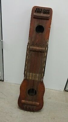 ukelin international musical corporation 1920's good strings!