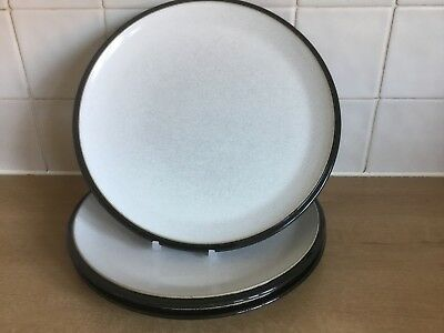 Denby Everyday  3 x 27 cm Black Rimmed Dinner Plates