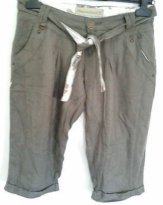 MAYORAL casual girls 3/4 trousers green sz 14 years viscose