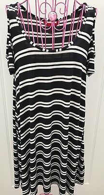 HOT KISS Women's Junior's Stretch Cold Shoulder Striped Tunic Dresses - Large