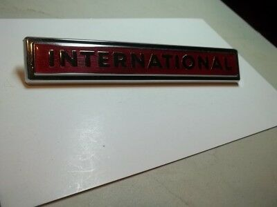 New Old Stock 60-70s IH International Red Emblem 11810-1 2754222-R1 Truck Scout